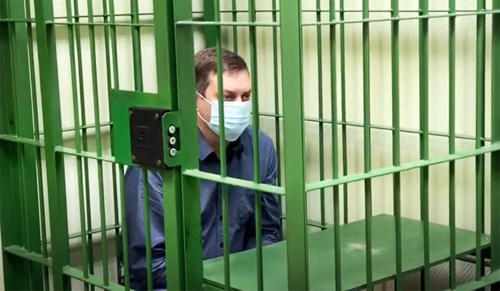 Задержанный по делу о разливе нефтепродуктов в Норильске начальник цеха ТЭЦ-3 Вячеслав Старостин