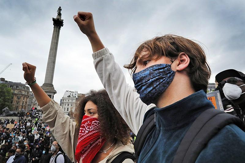 Уличные протесты в Европе
