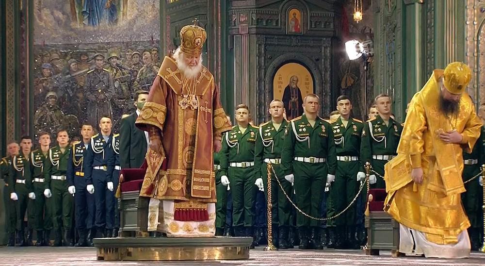 Торжественная служба в главном храме Вооружённых сил