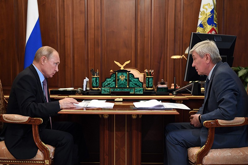 Владимир Путин и Юрий Чиханчин