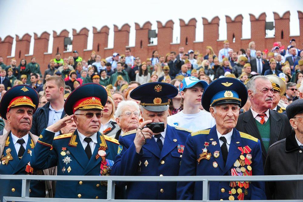 Ветераны на параде Победы на Красной площади