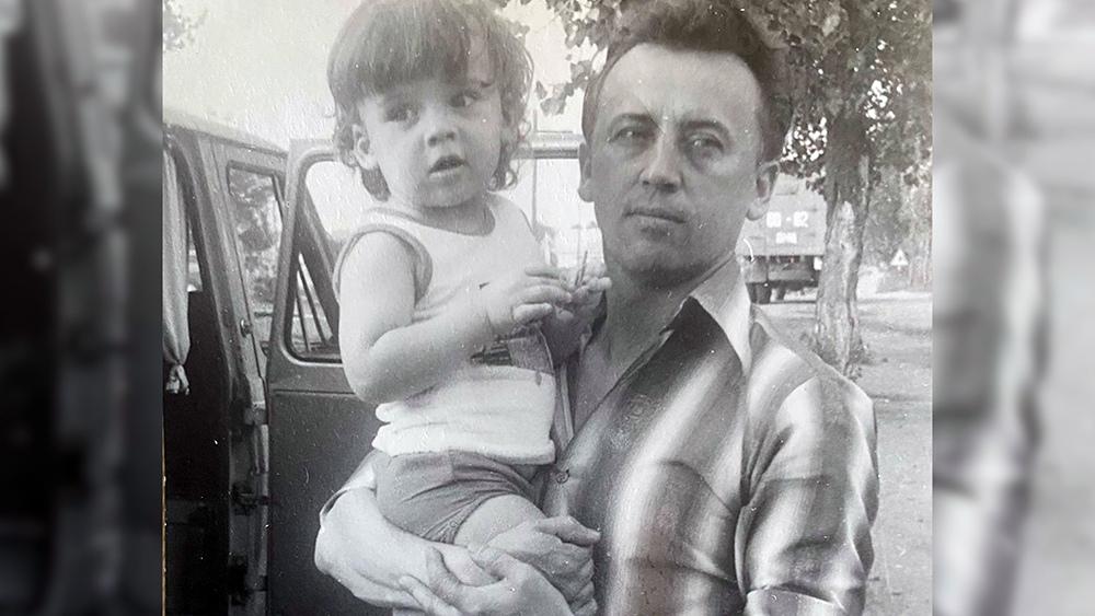 Маленький Максим Галкин с отцом
