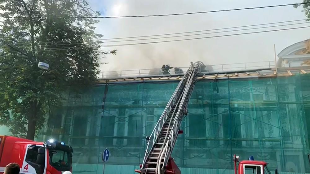 Пожар в литературном музее им. Горького в Нижнем Новгороде