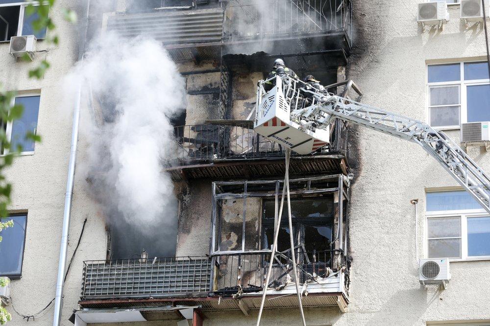 Ликвидация пожара в жилом доме