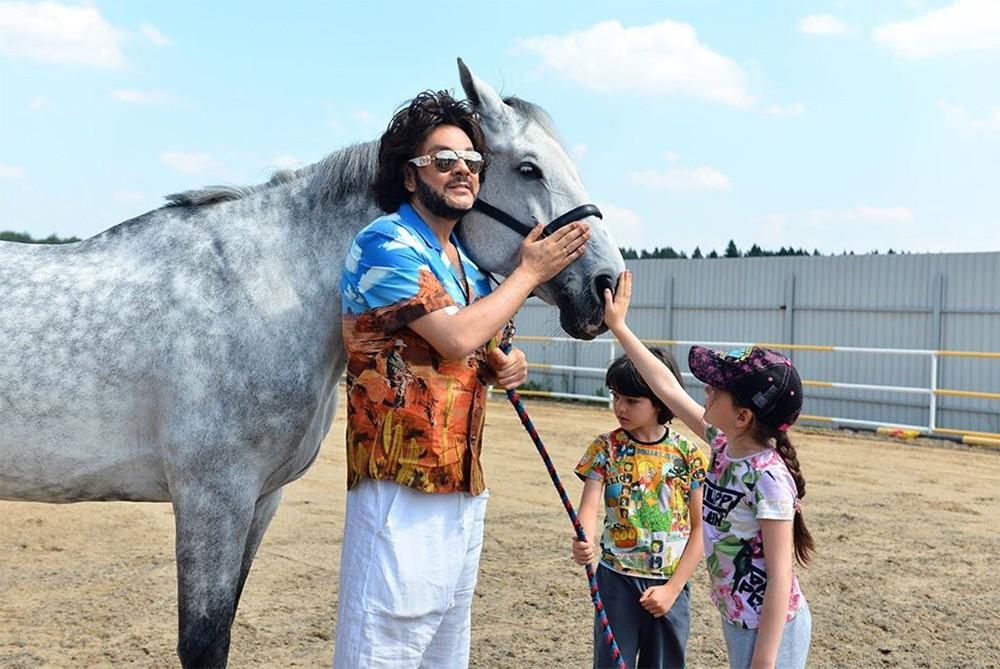 Филипп Киркоров с конем
