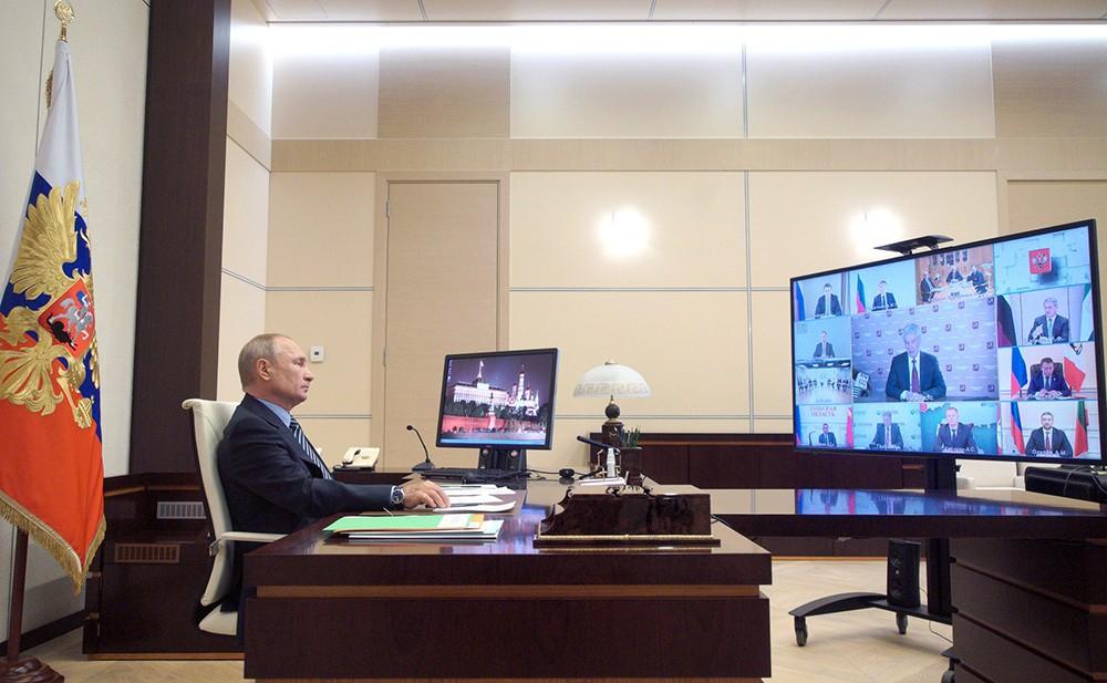 Владимир Путин проводит заседание наблюдательного совета АСИ