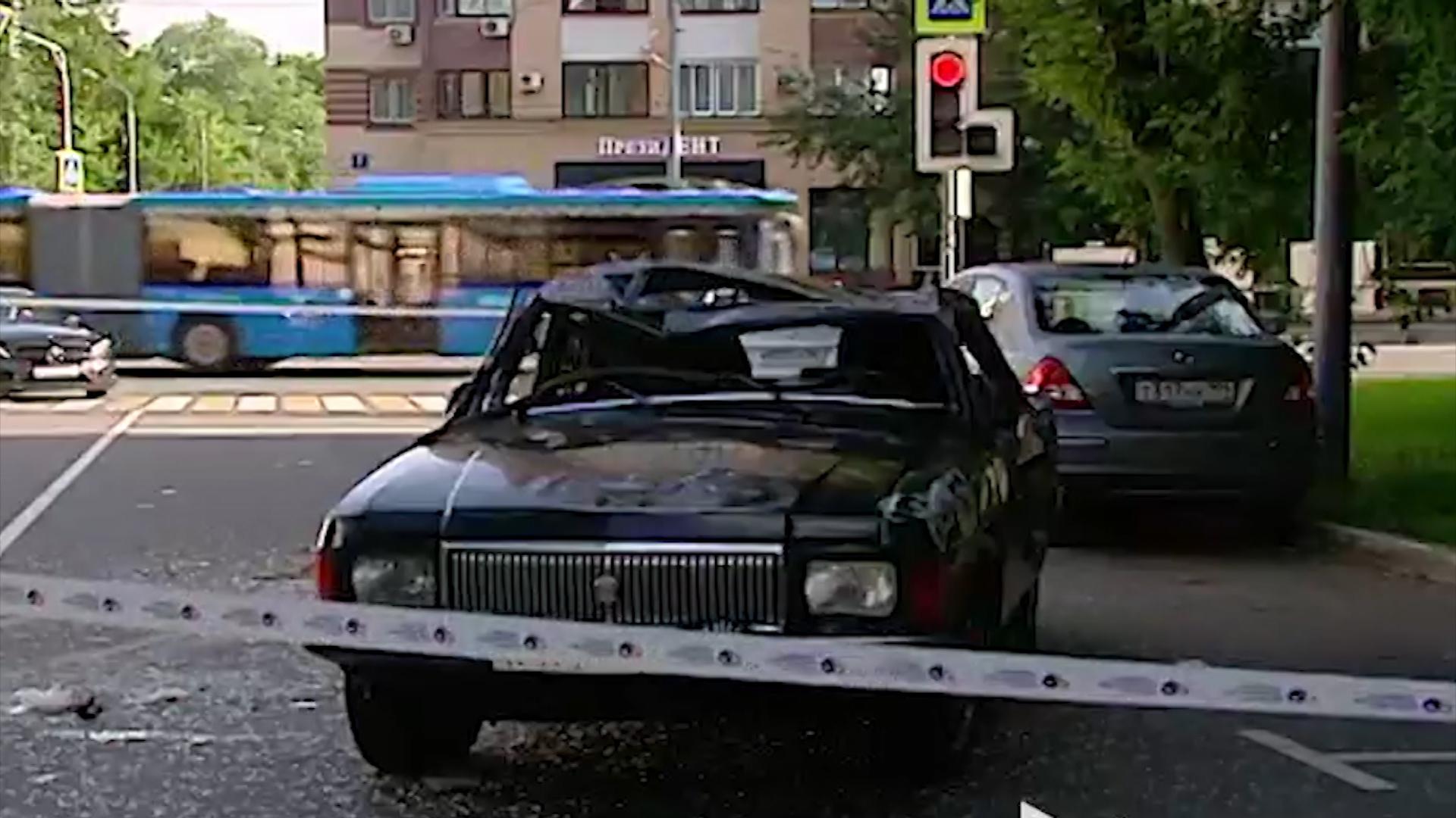 Пьяные школьницы в Москве перевернулись на угнанной машине