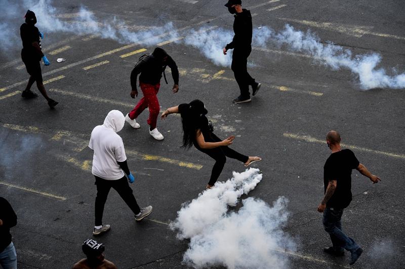 Протесты медиков в Париже