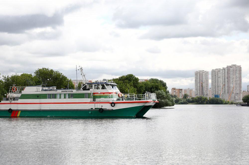 """Мониторинг качества воды на судне """"Экопатруль"""""""