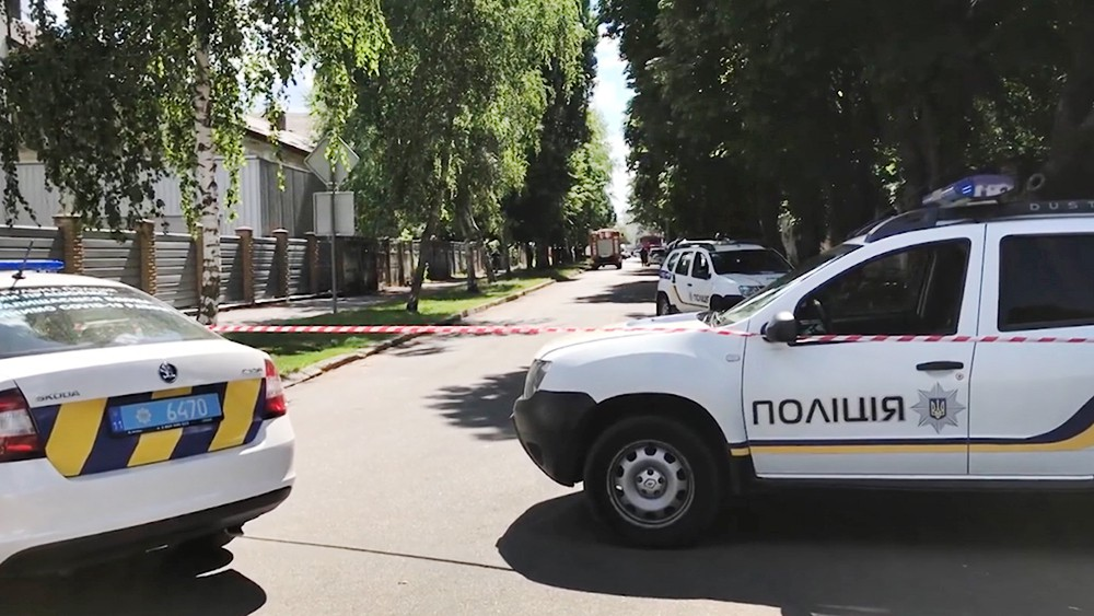 Операция по обезвреживанию захватившего заложника в Полтаве завершена