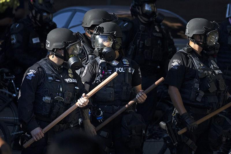 Разгон протестующих в Сиэтле