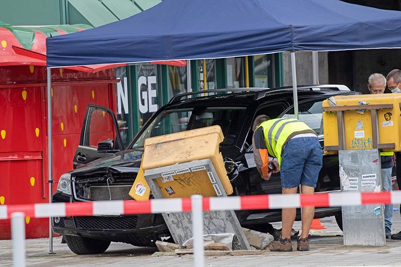 Последствия наезда автомобиля на пешеходов в Германии