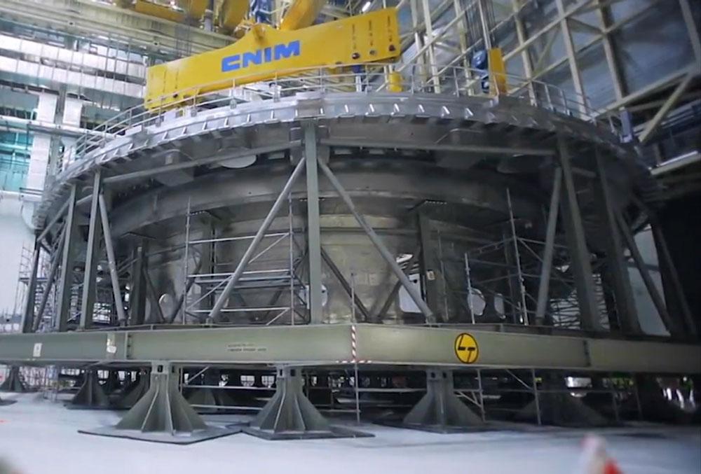 Строительство экспериментального термоядерного реактора во Франции