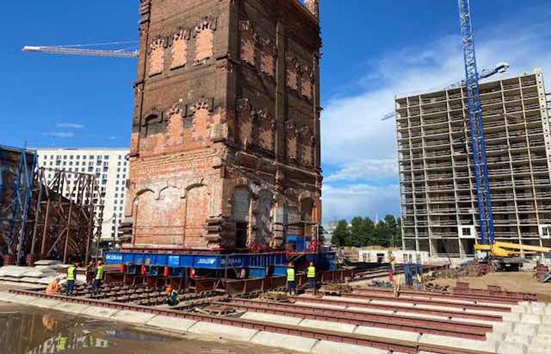 Историческое здание в Москве передвинуто ради сохранения