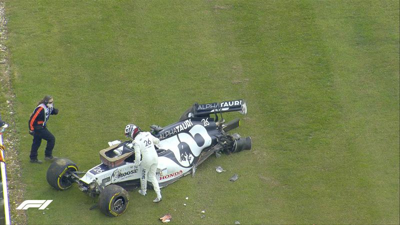 Даниил Квят разбил болид на Гран-при Великобритании
