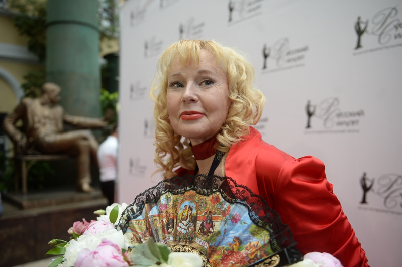 Актриса Елена Кондулайнен
