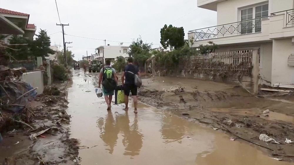 Дожди в Греции