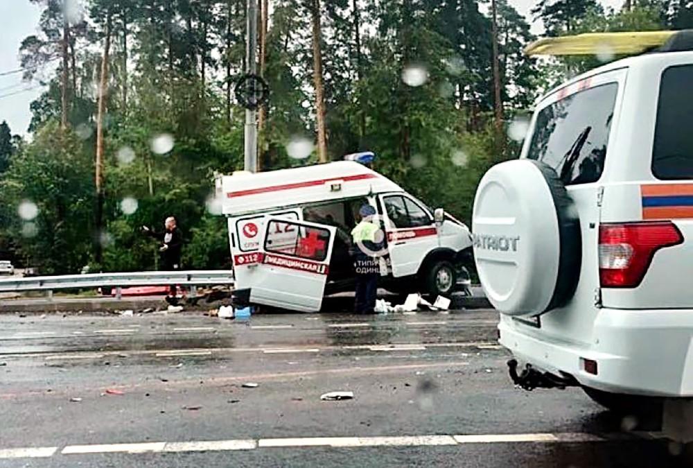 Последствия ДТП с участием скорой помощи