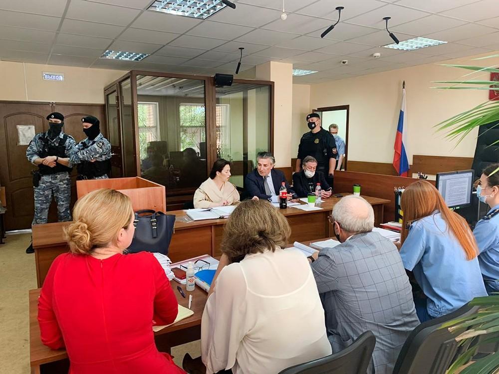 Участники процесса по делу Михаила Ефремова о смертельном ДТП