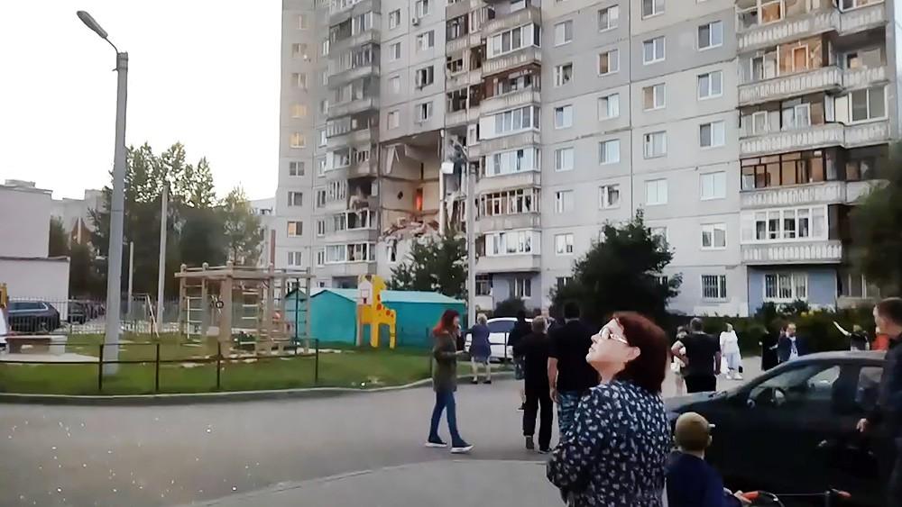 Последствия взрыва в жилом доме в Ярославле