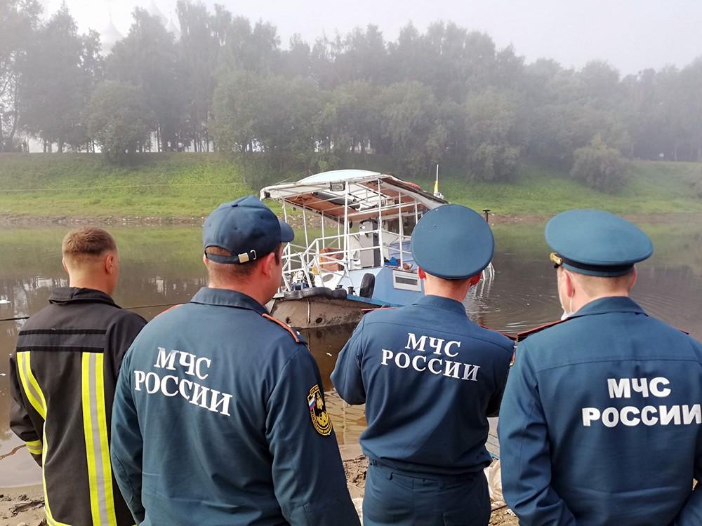 Подъем затонувшего судна в Вологде