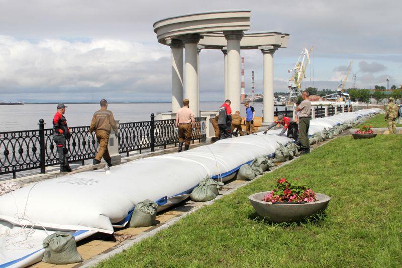 Подготовка к паводку в Хабаровске