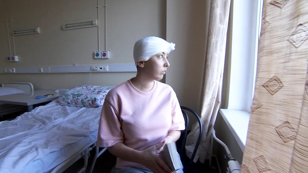 Девушка после операции