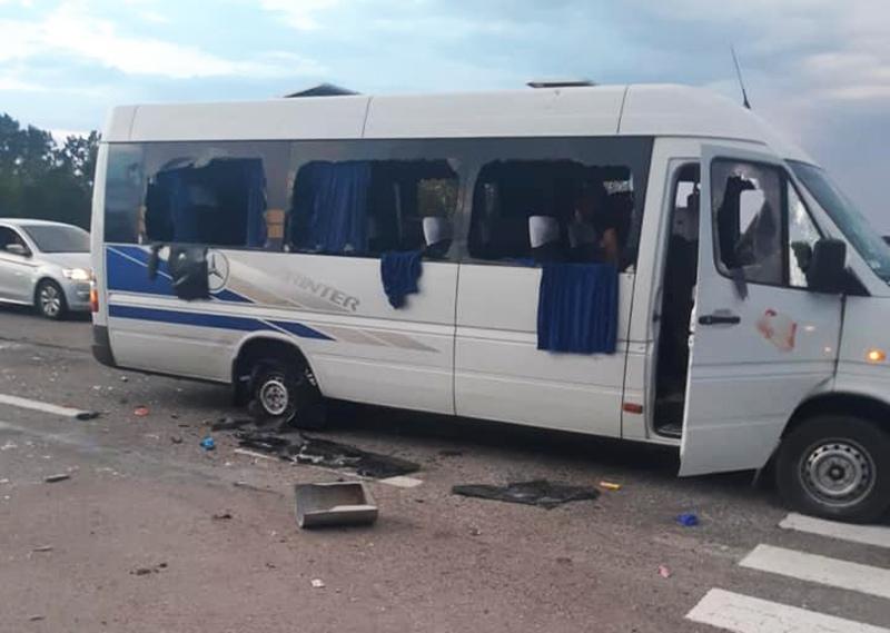 Нападение на микроавтобус под Харьковом