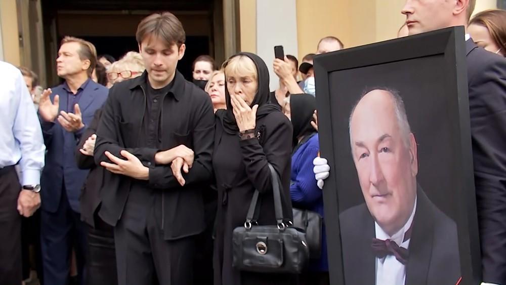 Церемония прощаются с Борисом Клюевым