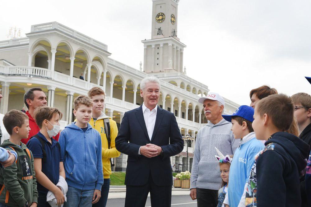 Сергей Собянин и горожане