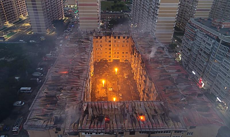 Пожар в многоквартирном доме в Краснодаре