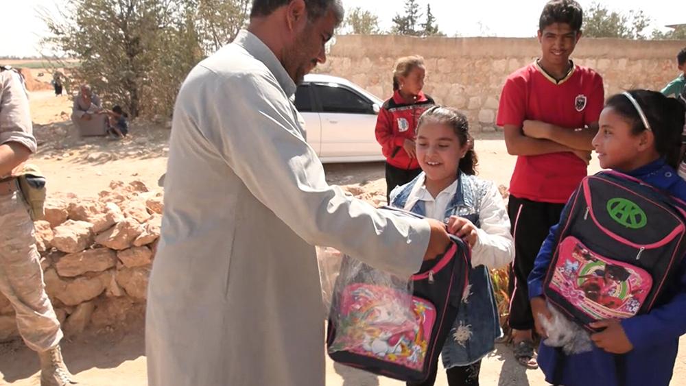 Гумпомощь школьникам Сирии