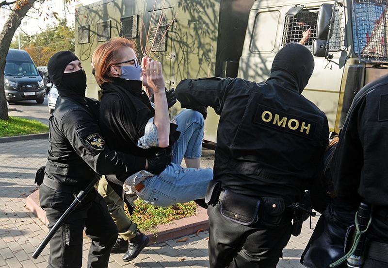 Задержание участников несогласованного митинга в Минске
