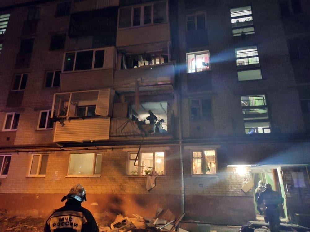 Последствия взрыва газа в жилом доме в Тюмени
