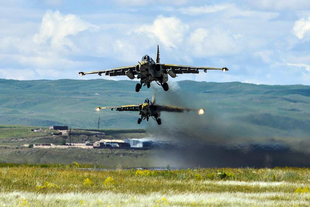 Штурмовики Су-25 ВВС Армении