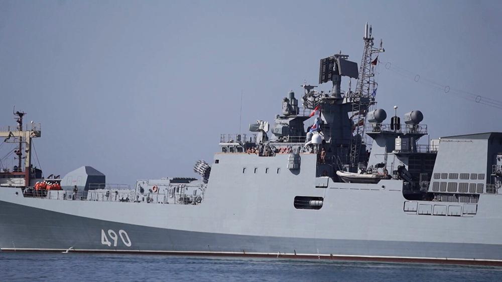 """Военный корабль """"Адмирал Эссен"""""""