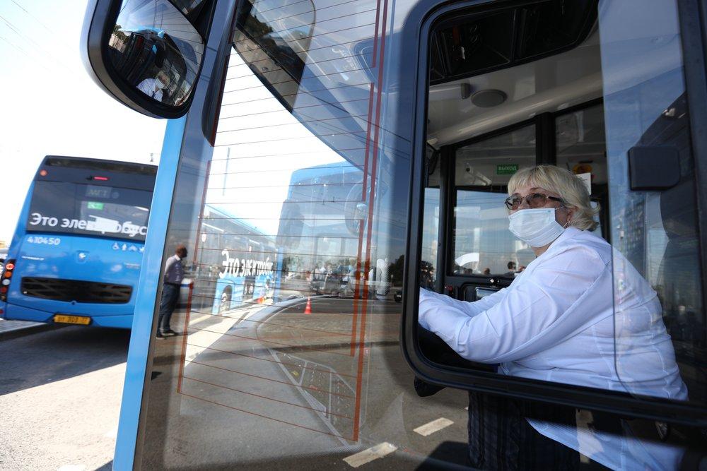 Водитель электробуса