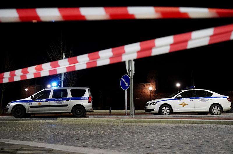 Автомобили полиции на месте происшествия