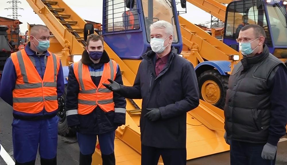 Сергей Собянин оценил готовность снегоуборочной техники к зиме