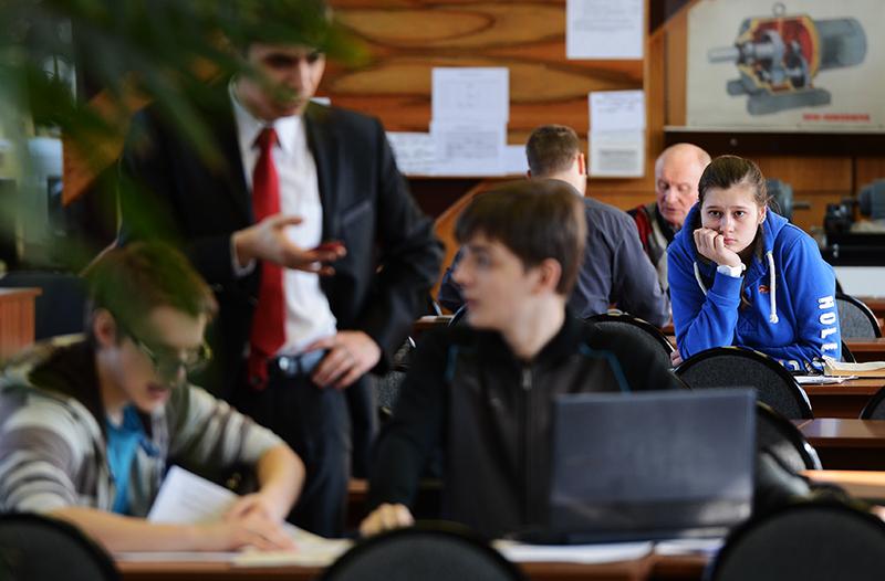 Студенты МГТУ имени Н.Э. Баумана