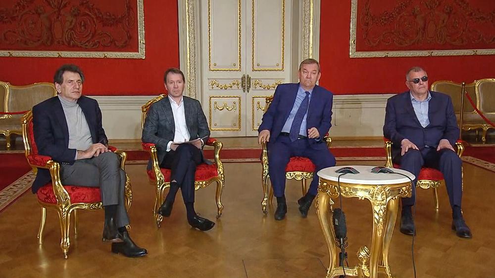 Участники заседания Совета по культуре и искусству