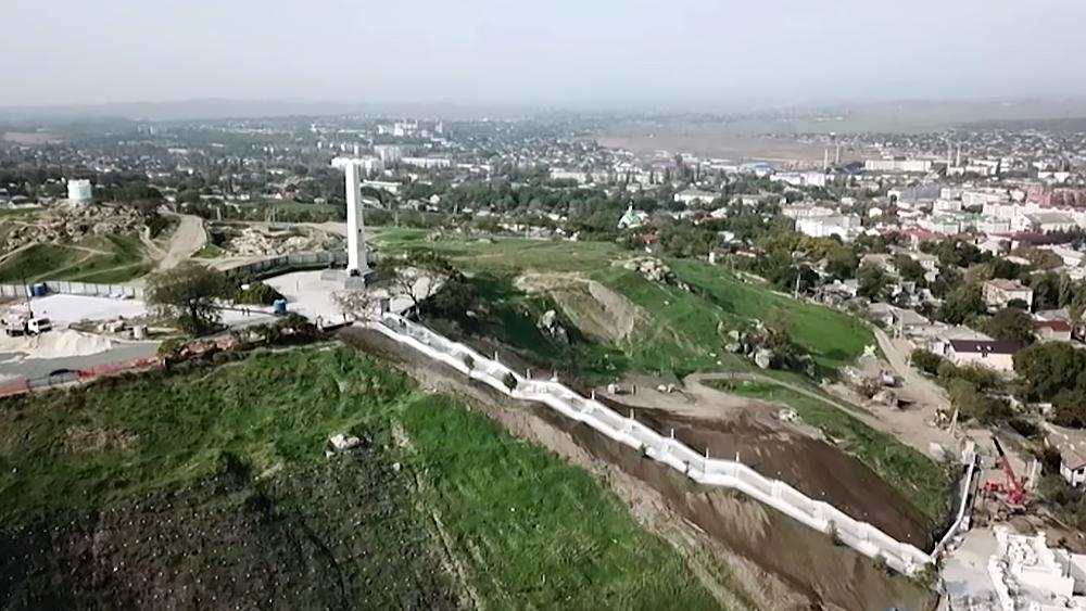 Реконструкция Митридатской лестницы в Керчи
