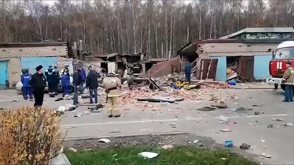 Последствия взрыва в гаражах