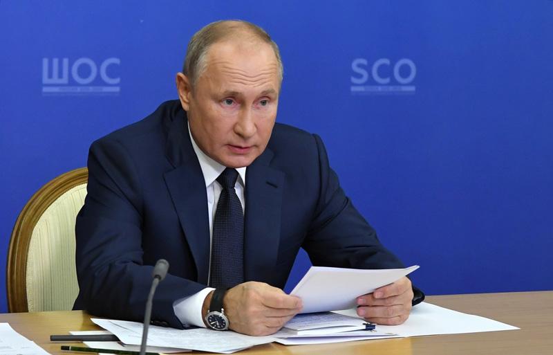Владимир Путин провел заседание Совета глав государств - членов ШОС
