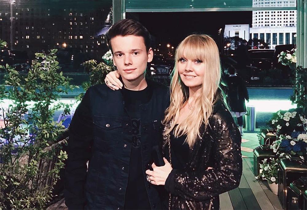 Певица Валерия и ее сын Арсений