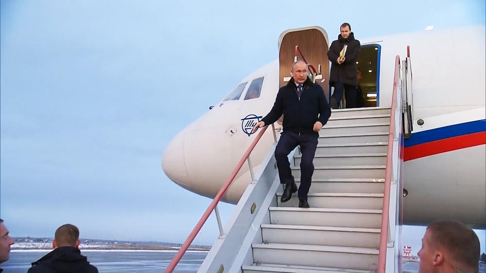 Владимир Путин прибыл в Саров
