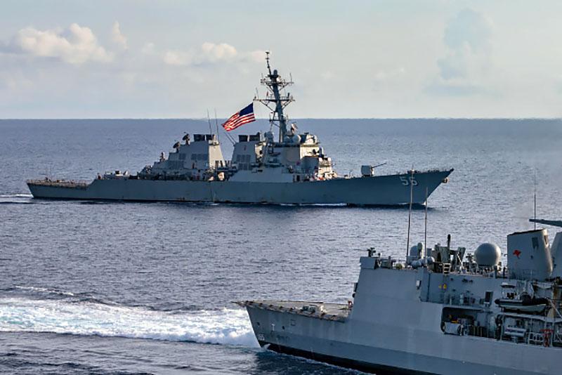 "Эсминец ""Джон Маккейн"" ВМС США"