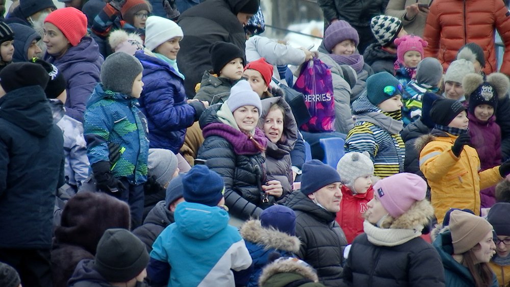 Зрители на Ёлке каскадеров