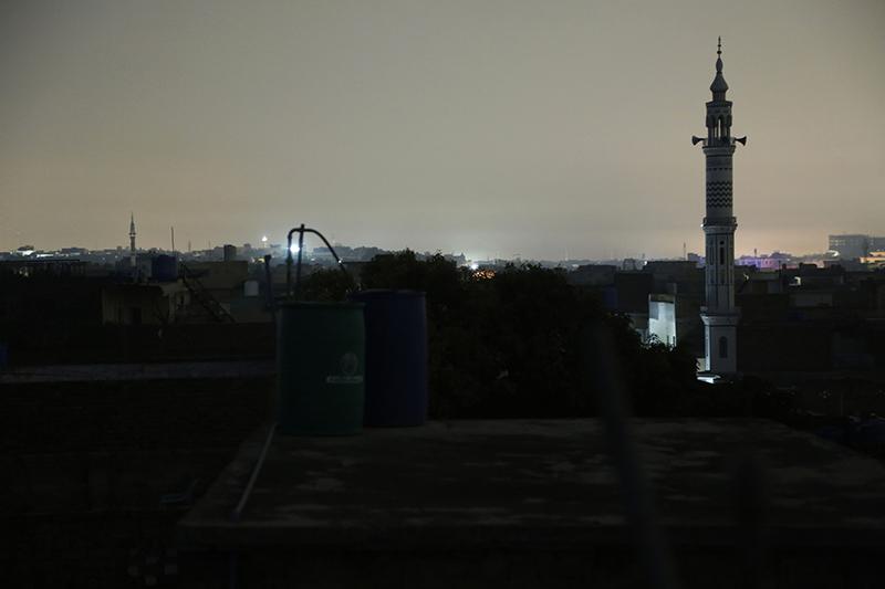 Масштабное отключение электричества в Пакистане