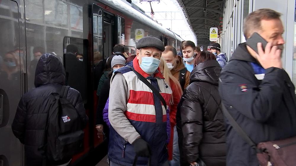 Пассажиры медицинских масках